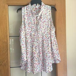 Gap maternity sleeveless blouse